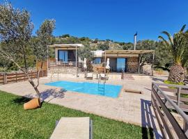 Souda Bay Cottage, hotel with pools in Plakias