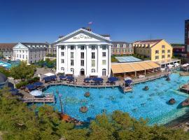 4-Sterne Superior Erlebnishotel Bell Rock, Europa-Park Freizeitpark & Erlebnis-Resort, hotel in Rust