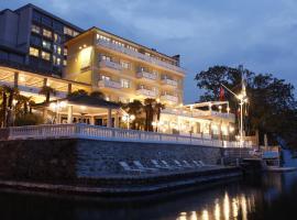 Clubhouse YACHTSPORT RESORT, Hotel in Brissago