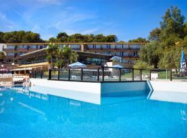 Aparthotel Comtat Sant Jordi, hotel in Platja d'Aro
