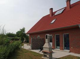 Beautiful Holiday Home in Zierow near Sea, villa in Zierow