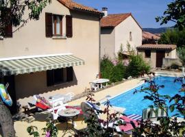 Millau Aveyron Location Vacances, hotel in Millau