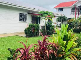 Paea's Guest House, hotel in Nuku'alofa