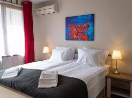 STUDIO 3, hotel near Palace of Culture and Sports, Varna City