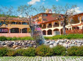 AHG Donna Silvia Hotel Wellness & SPA, hotel a Manerba del Garda