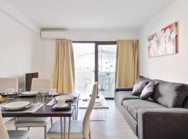 Apartamentos Esmeralda Ibiza, apartment in Ibiza Town