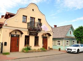 Stoczek 1929, hotel near Palace Park, Białowieża