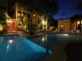 Hotel LunaSol, hotel near Kool Beach Club, Playa del Carmen