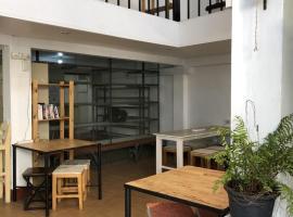PLOY Hostel, hostel in Bangkok