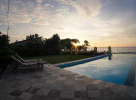 Marina Seaview Apartments, hotel with pools in Jepara