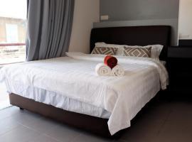 Halo Hotel, hotel in Semporna