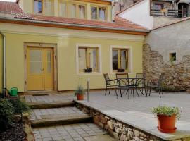Apartman U Hippolyta, hotel in Jindřichŭv Hradec