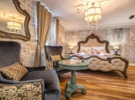 Plaza Marchi Old Town - MAG Quaint & Elegant Boutique Hotels, hotel in Split