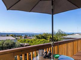 B, D & D Bed and Breakfast, hotel in Taupo
