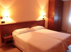 Hotel Maycar, hotel in A Coruña