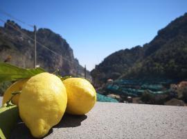 Fior d'Arancio, self catering accommodation in Amalfi