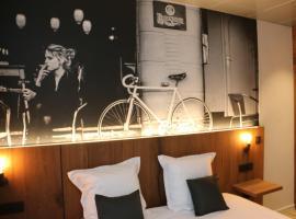 Hotel Botteltje, hotel near Raversijde, Ostend