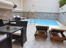 Luxurious Elite Suites Hurghada, hotel near Hurghada International Airport - HRG, Hurghada