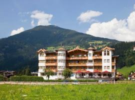 Hotel Riedl im Zillertal, hotel in Stumm