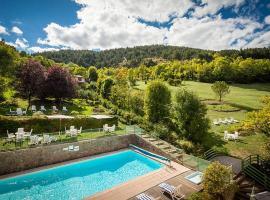 Logis le Mont Aigoual, hotel near Aven Armand Cave, Meyrueis