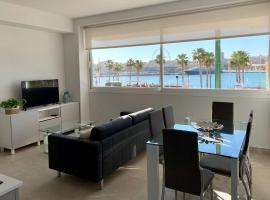 Diamond Apartments Puerto De Malaga, hotel cerca de Muelle 1, Málaga