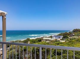 Wake up to ocean views in stylish comfort, hotel in Sunshine Beach