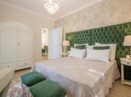 CRYS: Apartments, Holiday, Business, Verde, apartamento en Verona