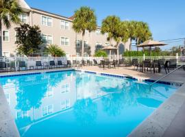 Residence Inn by Marriott Fort Myers, hotel near Southwest Florida International Airport - RSW, Fort Myers