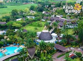 Klub Bunga Butik Resort, family hotel in Batu