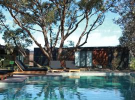 Bangalay Luxury Villas, vacation home in Shoalhaven Heads