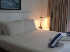 AmphoraStudioPalmCove, hotel in Palm Cove