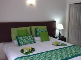 Jackies Studio Apartment, hotel near Cairns Electorate Office, Cairns