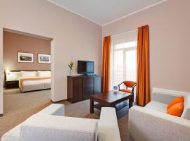 Lviv Ramada Hotel, hotel near Lviv International Airport - LWO, Lviv