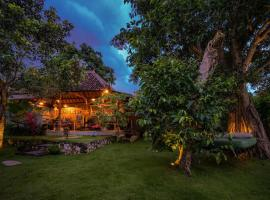 The Bali Boarding House, B&B in Uluwatu
