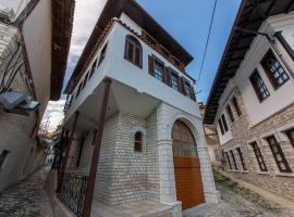 Heraklis Hotel, hotel in Berat