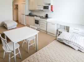 Ekenäs Summer Hotel & Camping, hotelli kohteessa Tammisaari