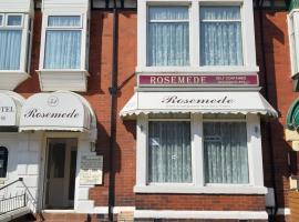 Rosemede Holiday Flats, apartment in Blackpool