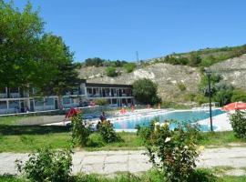 Saint George Hotel 2, hotel din apropiere   de Thracian Cliffs Golf & Beach Resort, Cavarna