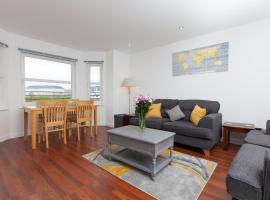 Super Prime Duloch - Dunfermline - 2 Bed Executive Apartment, budget hotel in Dunfermline