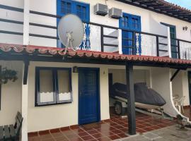 RESIDENCIA DOS LEAIS, hotel near Forno's Port, Arraial do Cabo