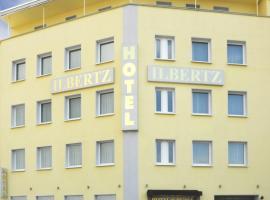 Motel One Köln-Neumarkt, hotel in Cologne