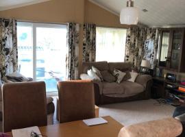 Milford on sea lodge, apartment in Lymington