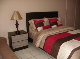 Newly Furnished Large, Clean, Quiet Private Unit, apartment in Fort Lauderdale