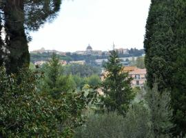 VILLA AULINA, hotel in Castel Gandolfo