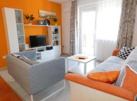 Korzó Apartman, hotel a Napfény-part környékén Balatonlellén
