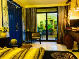 Cozy Bachelors Pad- santorini inspire, villa in Coron