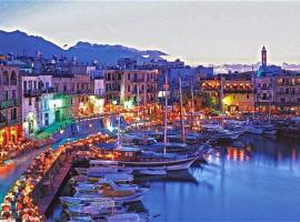 Kyrenia British Harbour Hotel: Girne'de bir otel
