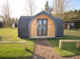 Camping Pods, Birchington Vale Holiday Park, luxury tent in Birchington