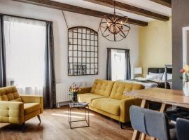 Frida Bed & Breakfast, apartment in Veszprém