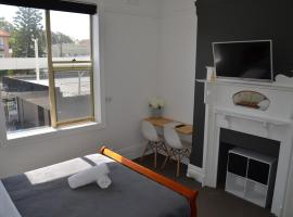 Sandy Bottoms Guesthouse, guest house in Sydney